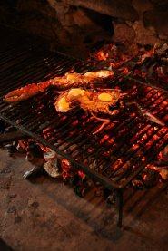 homards grillés sur feu de bois calypso carnac