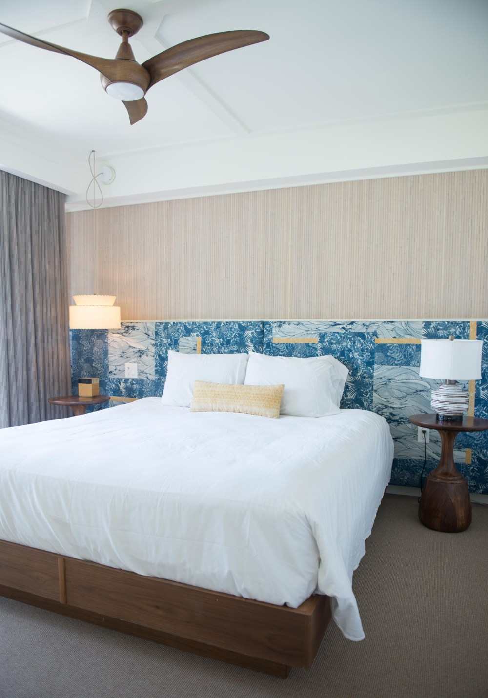 Places to Stay in Oahu, Hawaii: The Surfjack Hotel - Bedroom #camandtay #camlee