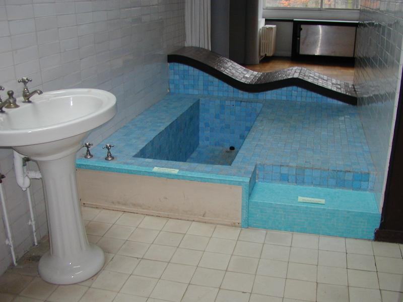 Poissy France Villa Savoye Bathtub And Day Bed In