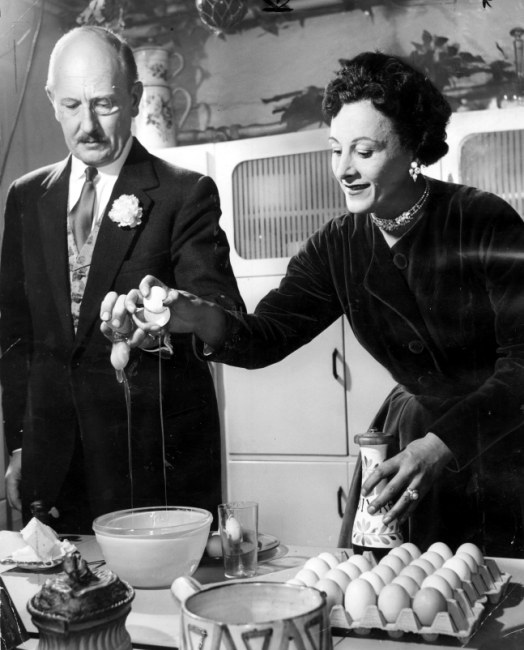 Fanny and Johnny cooking