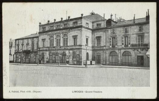 Carte postale de la façade Nord du théâtre Berlioz