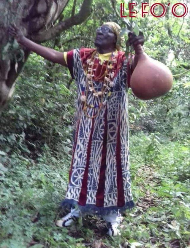 FO'O SOKOUDJOU ROI DES BAMENDJOU PARLE AU CAMEROUN ET AUX CAMEROUNAIS