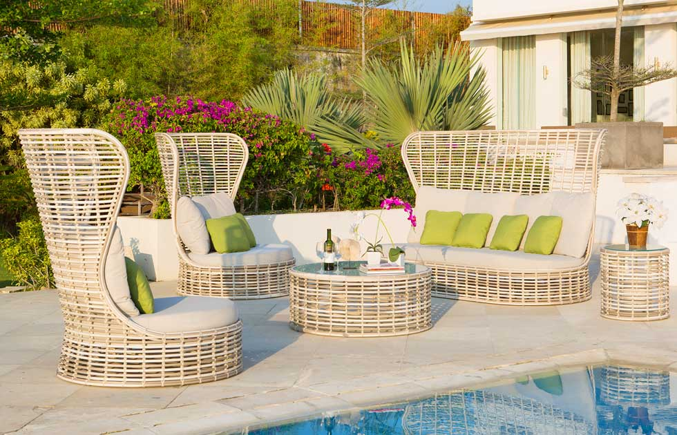 fabulous outdoor area camilla bellini