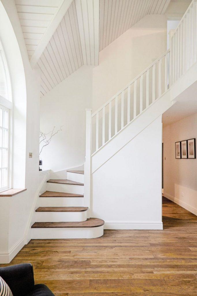 Oak Floor and Stair Tread