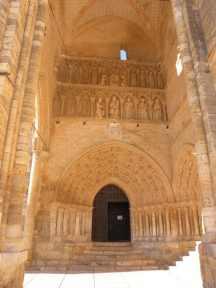 Villal-Cazar-de-Sirga-15-templar-church-06
