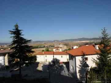 Cizur Minor 17 view on albergue