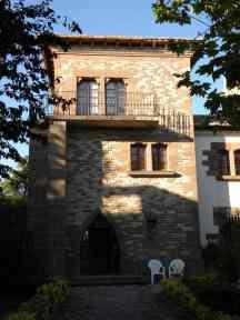 Cizur Minor 25 village 02