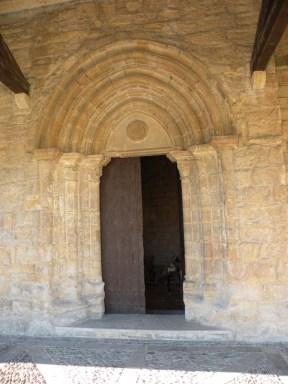 Cizur Minor 28 church 07 gate