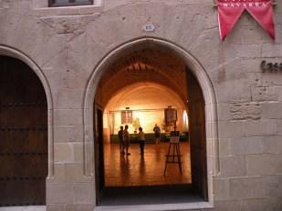 Viana 21 gallery - ex refugio 01