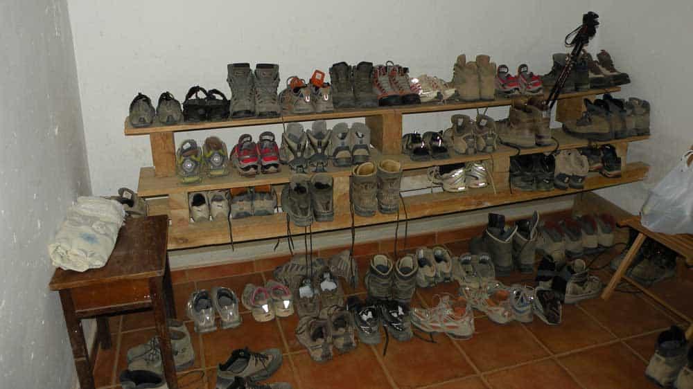 albergue shoes