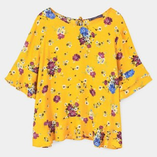 Violeta by Mango 39.990 blusa floral