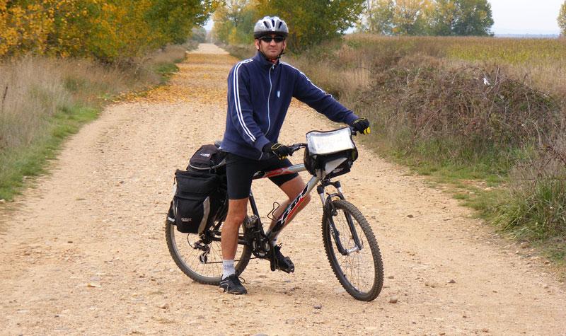 Cuál Es La Ropa Adecuada Para Montar En Bici Camino En Bici