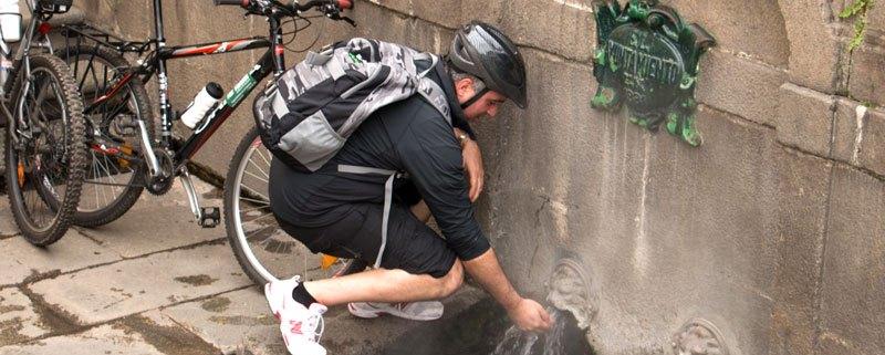 hidratarse en rutas en bici