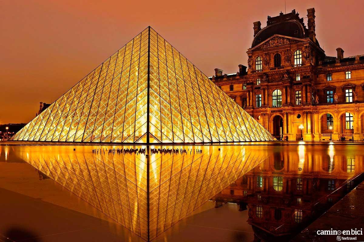 Francia - París - Museo del Louvre