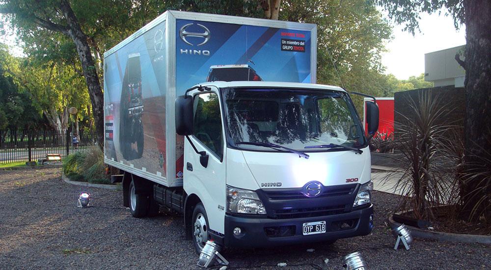 camiones livianos hino