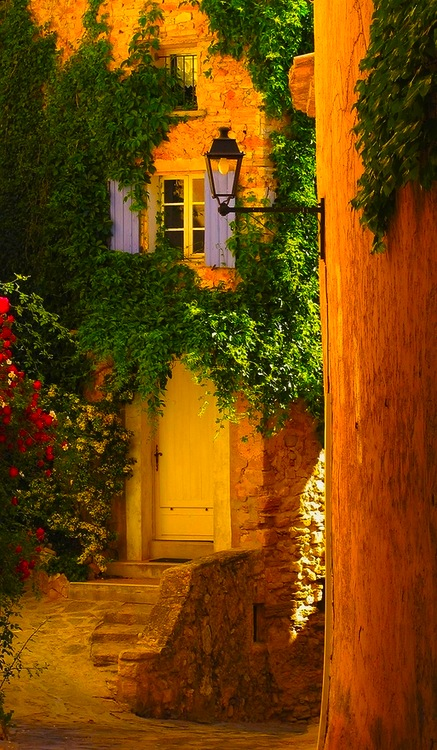 Golden Entry, Provence, France
