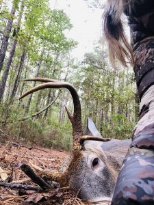 buck with a drop tine
