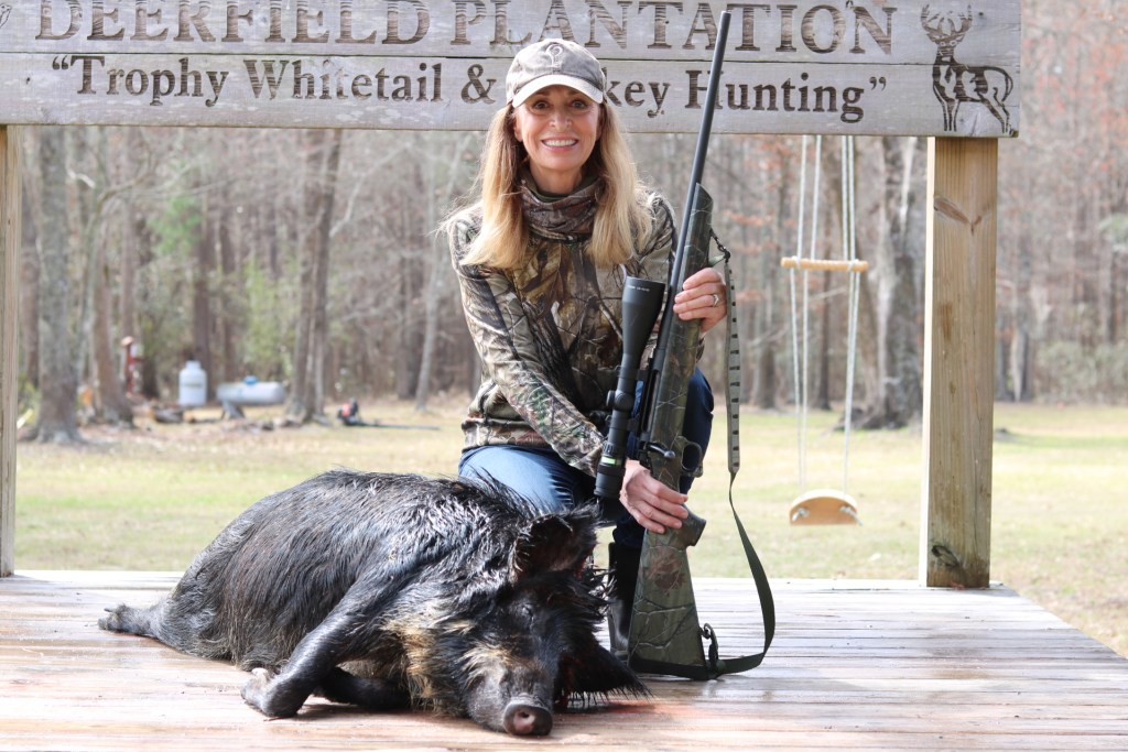 huntress hog hunting