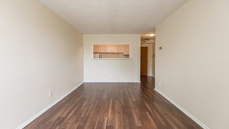 28 2176 blossom Apartments1 bed 16-16