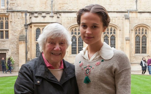 Vikander with Vera Brittain's daughter Shirley Williams who became one of my Mum's favourite Labour ministers until she went all weird and joined the SDP. Picture courtesy of the Telegraph.