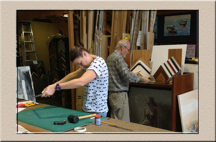 student at the learn framing course at Campbelltown Framing Gallery