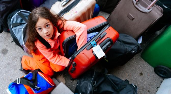 La valise, la bête noire des camps ….