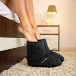 Chaussures Chaudes de Camping, Chaussures Chaudes en Coton Coupe-Vent et imperméables Bottes en Peluche légères et antidérapantes pour intérieur et extérieur, Noir