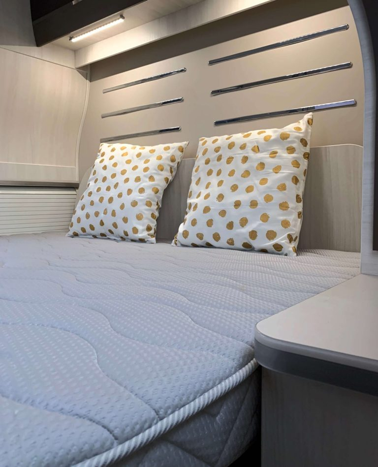 Bed Chausson 768 premium vip campers noord