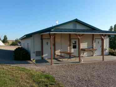 7TH Ranch RV Camp & Historic Tours near Garryowen Montana Bathroom
