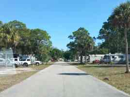 Calusa Cove Mobile Home Resort in Fort Myers Florida1