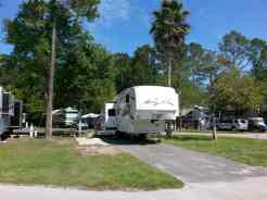 Flamingo Lake RV Resort in Jacksonville Florida02