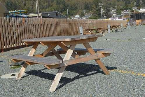 Garibaldi-RV-Park-Picnic-Table
