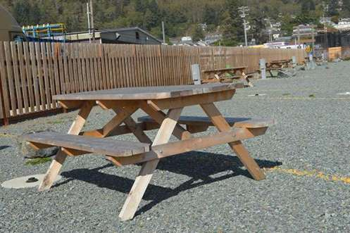 Garibaldi-RV-Park-Picnic-Table