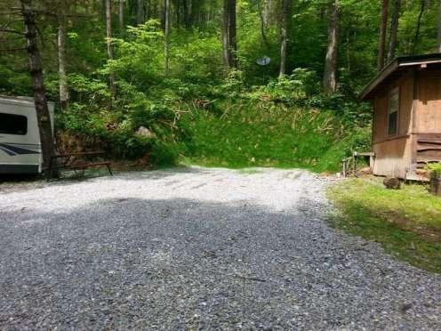 Moonshine Creek Campground in Sylva North Carolina08
