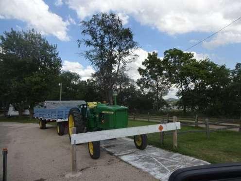 Palace CG tractor