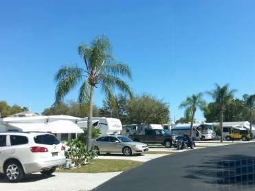 Raintree RV Resort in North Fort Myers Florida5