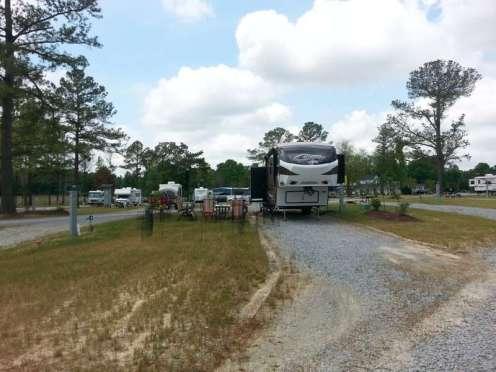 Raleigh Oaks RV Resort in Four Oaks North Carolina05