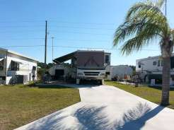 Southern Pines RV Mobile Home Park Resort In Frostproof Florida2