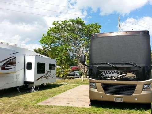 Sunshine Holiday RV Resort in Fort Lauderdale Florida3