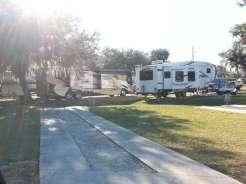 Torrey Oaks RV & Golf Resort in Bowling Green Florida2