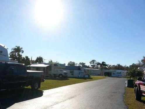 Torrey Oaks RV & Golf Resort in Bowling Green Florida5