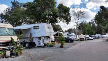 all-seasons-rv-park-escondido-ca-07