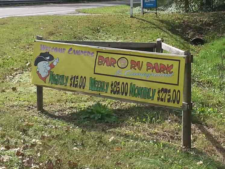 Bar B RV Park in Forsyth Missouri Sign