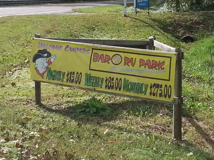 Bar B RV Park in Forsyth Missouri Sign
