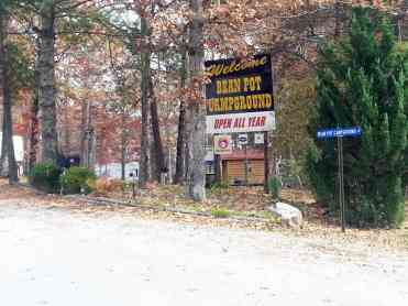 Bean Pot Campground in Crossville Tennessee sign