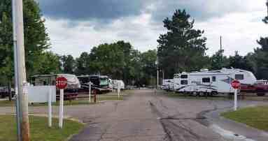 bonanza-campground-rv-park-wisconsin-dells-wi-03