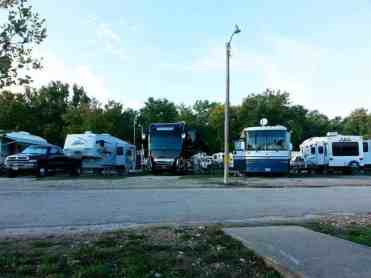 Branson Lakeside RV Park in Branson Missouri Spacing between rvs