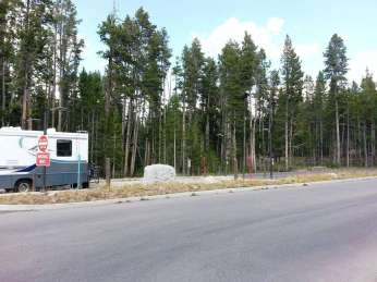 canyon-campground-yellowstone-national-park-22