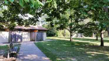 comlara-park-evergreen-lake-campground-09