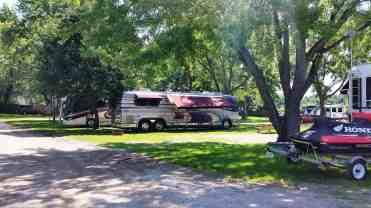 eden-springs-campground-and-park-benton-harbor-04